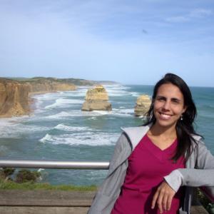 Julia Queiroz