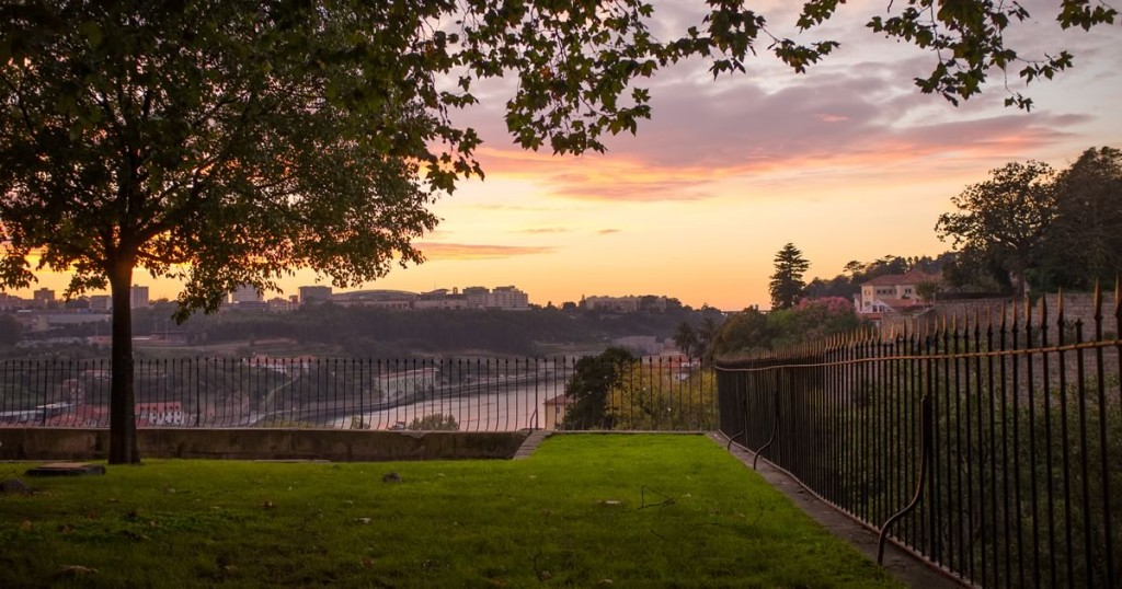 passerio-das-virtudes-Porto-Portugal