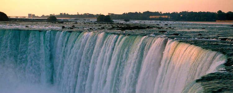 pontos-turisticos-do-canadaNiagara-Fall-Ontario