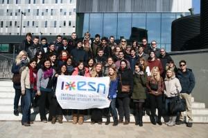 Estudantes em evento da ESN
