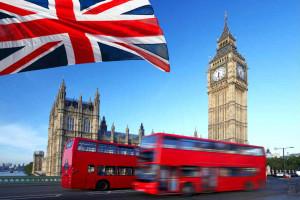 Ônibus turístico, facilmente visto por quem faz intercâmbio na Inglaterra