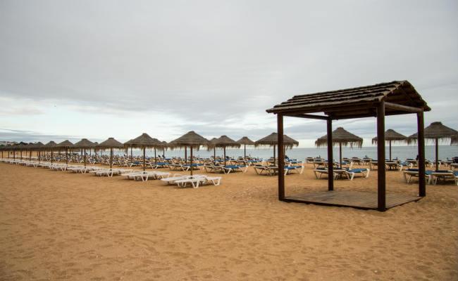 Praia em Albufeira, no Algarve