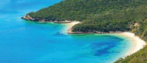 A praia mais bonita da Europa é portuguesa, com certeza