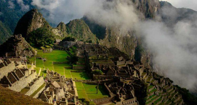 Acesso de turistas a Machu Picchu vai ser reduzido
