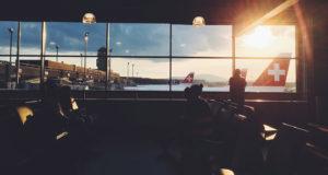 Vai viajar para a Europa? Conheça as rotas e companhias aéreas mais baratas.