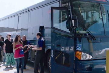 ônibus de viagem nos Estados Unidos