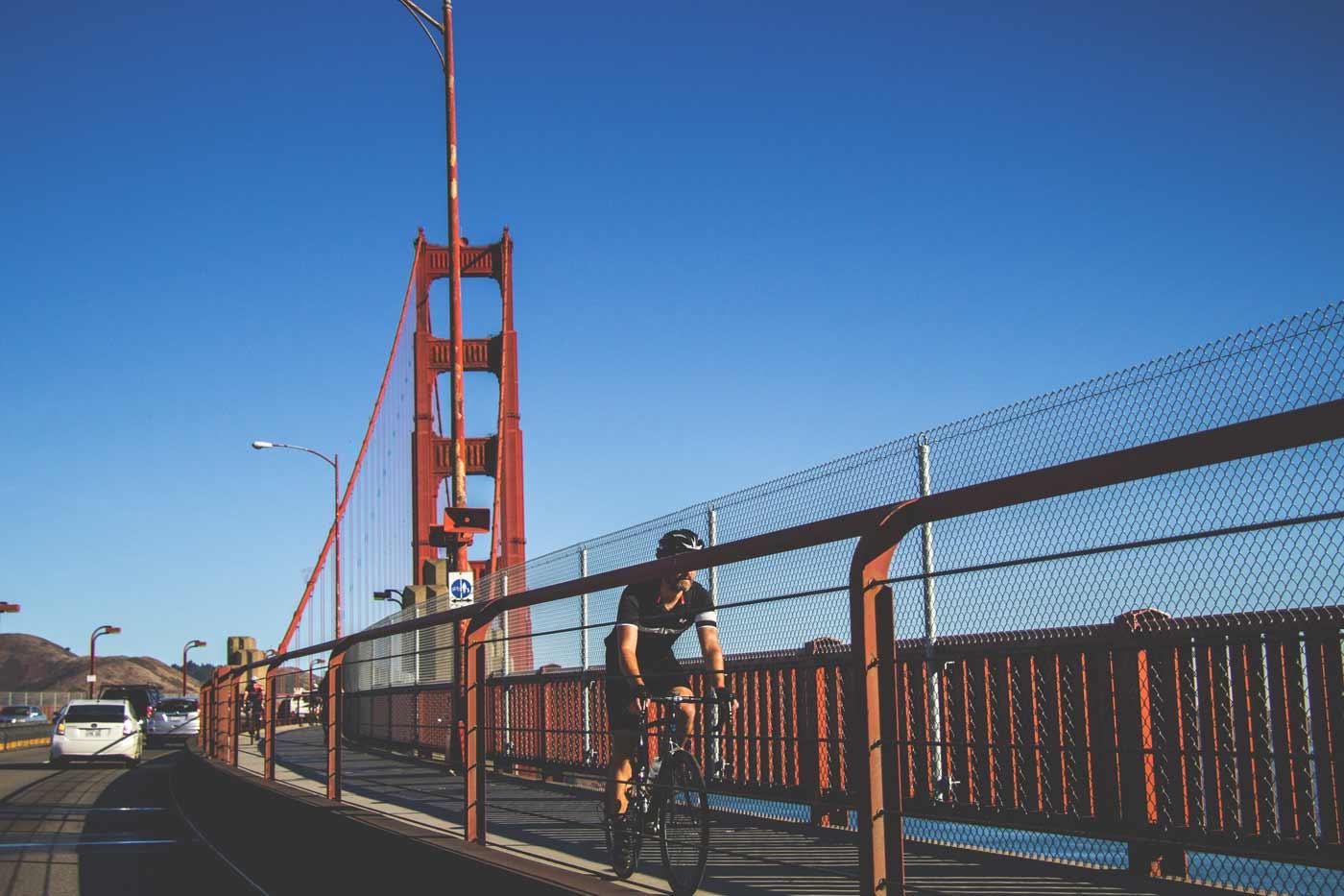 Atravessando a Golden Gate em São Francisco