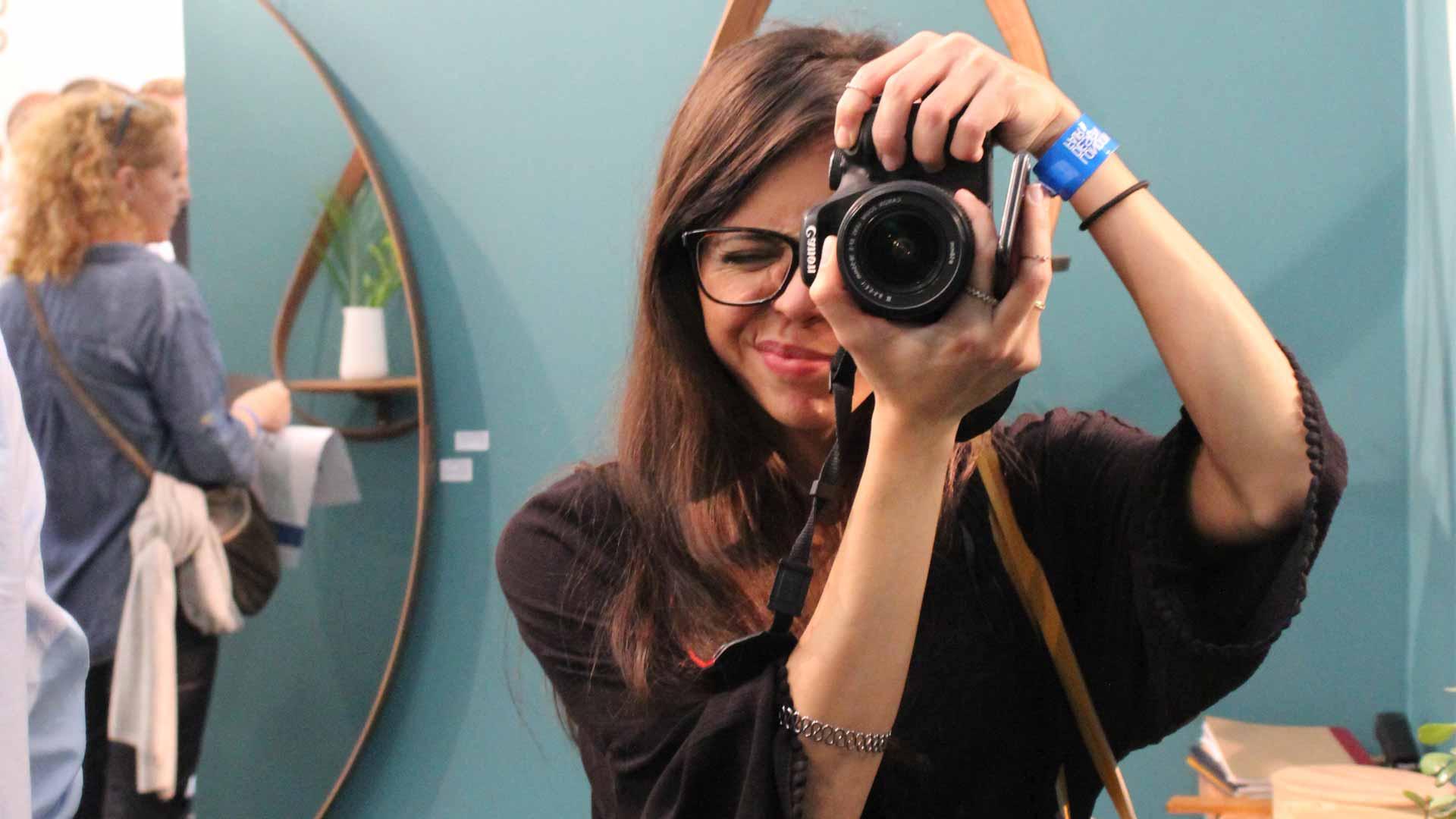 Não deixará de ir a palestras e feiras de Design por falta de companhia/ Foto: Lívia Moura