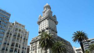 brasileiros não precisam de visto para o Uruguai e assim podem visitar Montevidéu e outros destinos