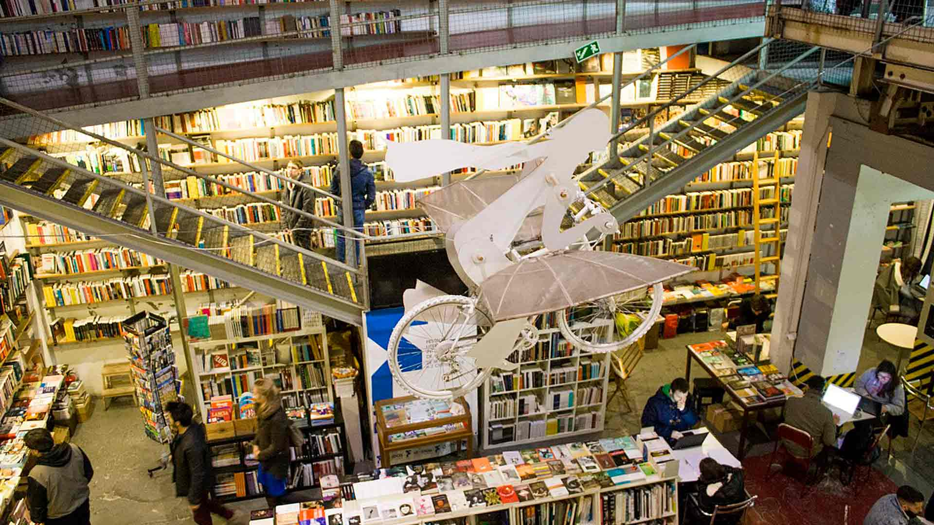 Livraria Ler Devagar, na Lx Factory, em Lisboa