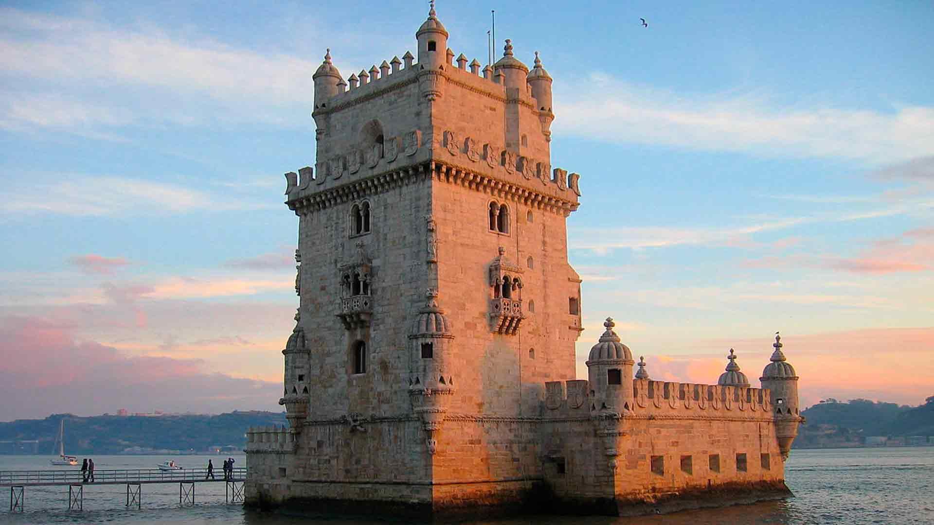 A Torre de Belém é um dos locais pra visitar em Lisboa
