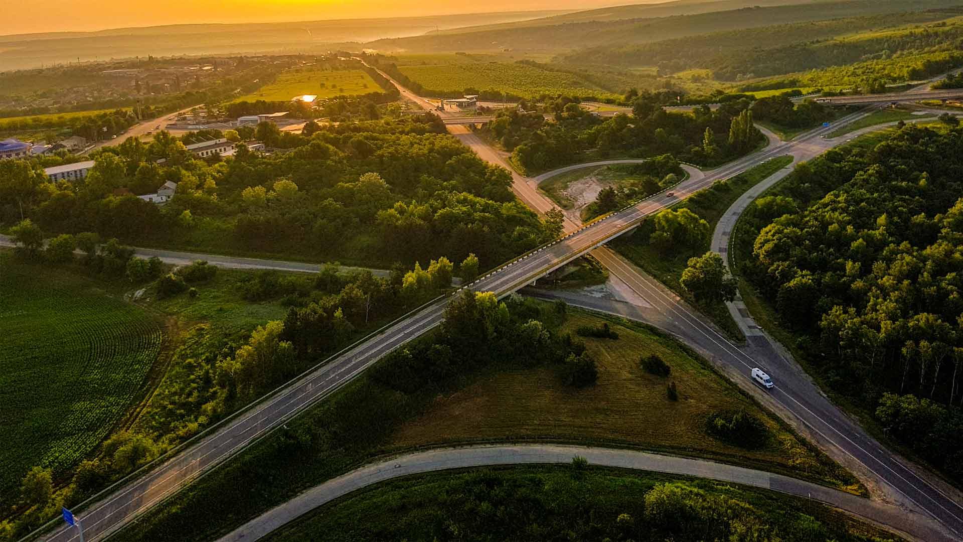 Vista aérea de campos na Moldávia, um dos países da Europa