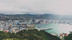Vista aérea de Wellington, uma das cidades para morar na Nova Zelândia